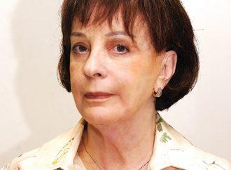 Anna Marina: 1ª mulher na redação do EM