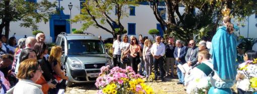 Em cerimônia com a presença de Dom Walmor, irmãs recebem doação de veículo