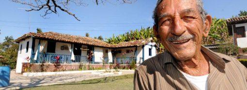 No Dia dos Pais, histórias de centenários que ainda hoje aprendem com os filhos