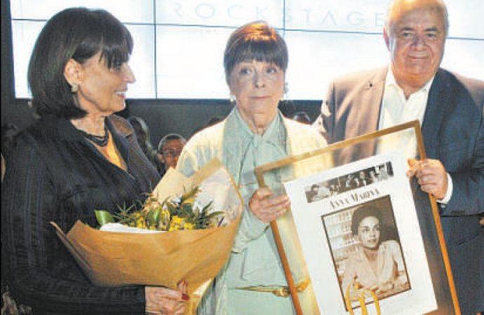 Anna Marina, 60 anos de profissão: o estilo único de uma jornalista única
