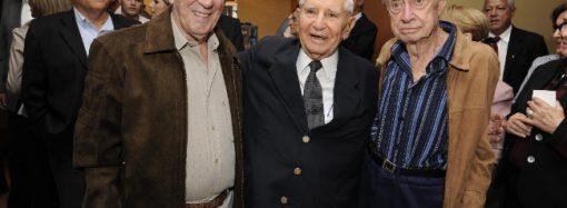 Jornalista com uma carreira brilhante, Roberto Elísio completa 80 anos de vida