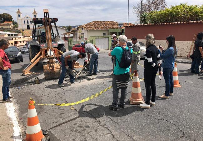 Começam estudos para retirar o asfalto da Rua Direita e restaurar calçamento antigo