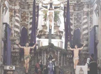 No sermão do Descendimento da Cruz, padre pede por vítimas do coronavírus