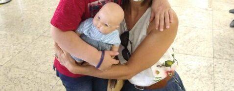 Ong pede ajuda para que menino cego faça cirurgia que pode lhe devolver a visão
