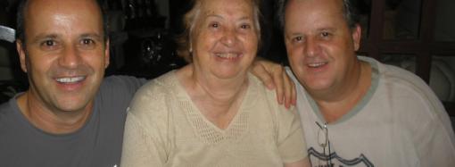 Crônica de Déa Januzzi publicada no Estado de Minas: Adeus, dona Ephigenia!