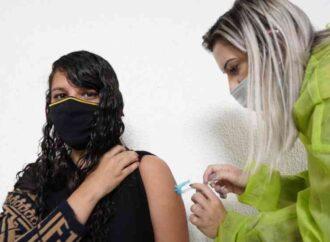 Prefeito de Santa Luzia acerta ao vacinar os professores antes dos presidiários