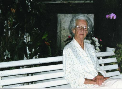 Dona Clara Carvalho Santana faria 100 anos neste 24 de junho, Dia de São João