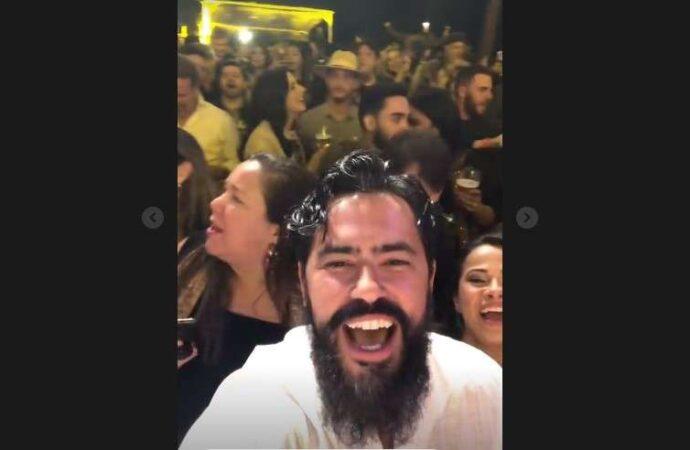 Prefeito Christiano Xavier participa de festa sem máscara e vira notícia nacional