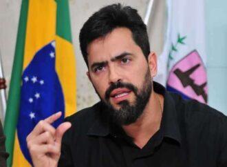 Prefeito de Santa Luzia é investigado por gastar R$122 mil com revista sobre sua gestão
